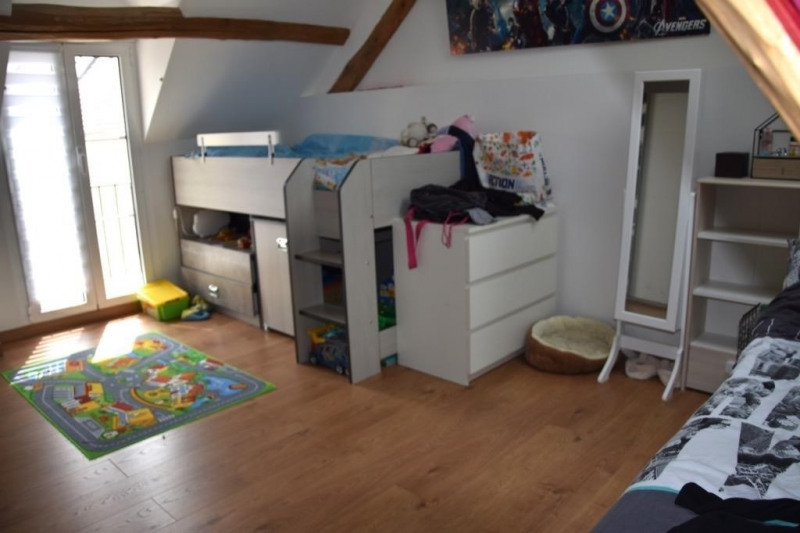 Rental house / villa Neuilly en thelle 950€ CC - Picture 3