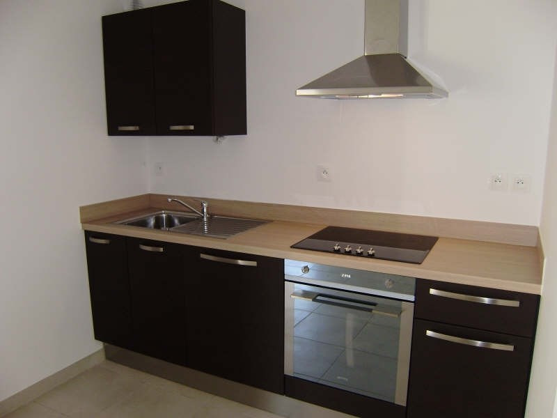 Rental apartment Pelissanne 755€ CC - Picture 3