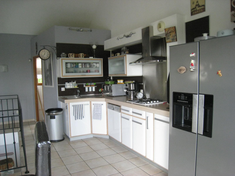 Rental house / villa Bry sur marne 2700€ CC - Picture 2