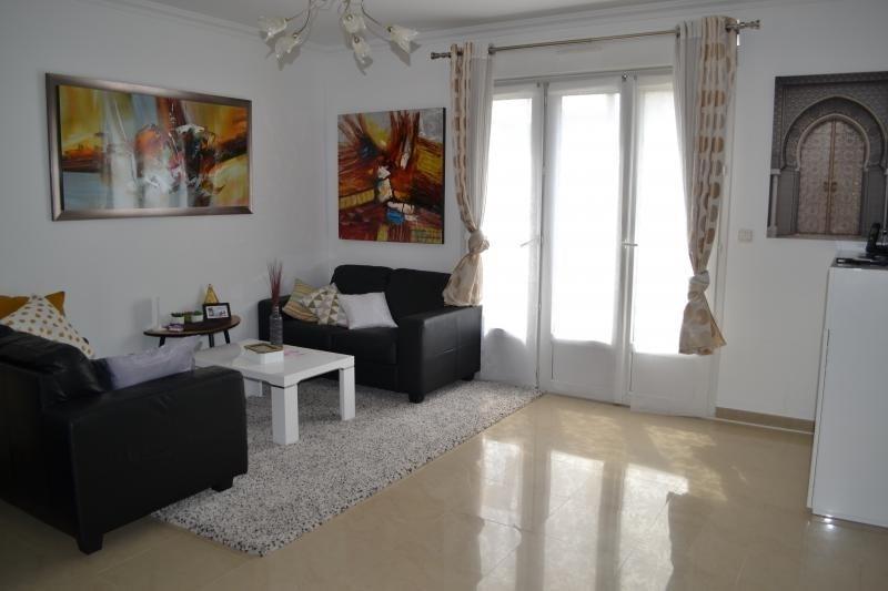 Sale house / villa Ormesson sur marne 384000€ - Picture 2