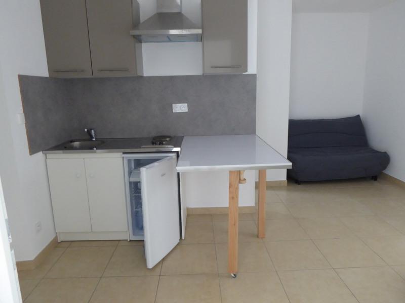 Location appartement Vogüé 260€ CC - Photo 1