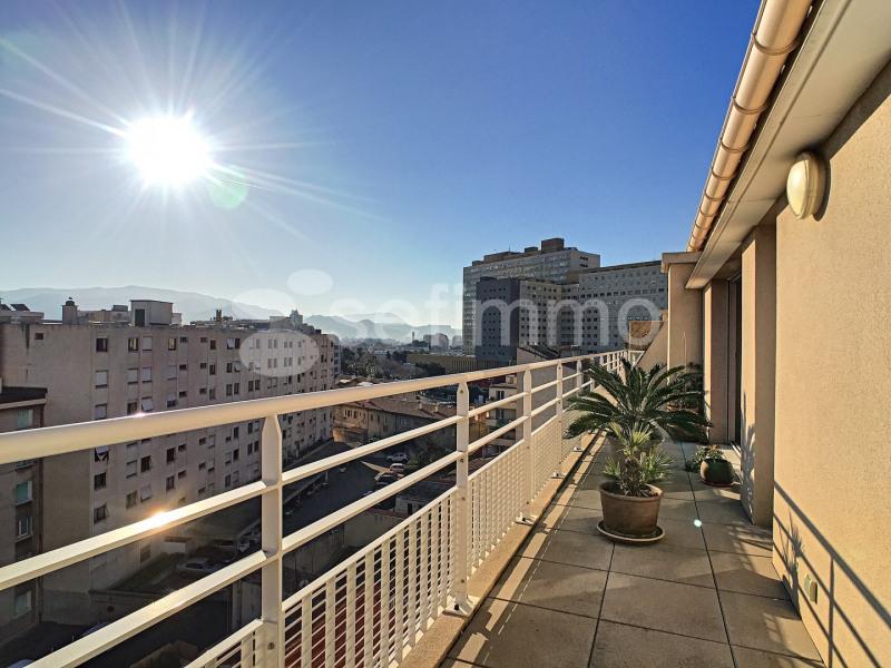 Rental apartment Marseille 5ème 919€ CC - Picture 7