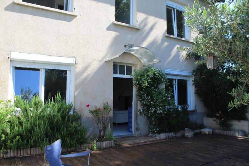Rental house / villa Lambesc 1250€ CC - Picture 2
