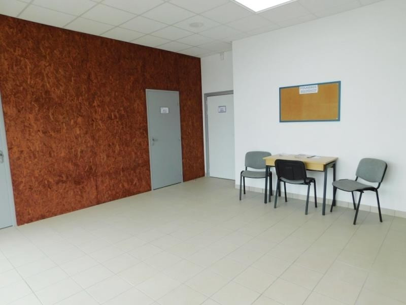 Rental empty room/storage La selle en luitre 538€ HT/HC - Picture 3
