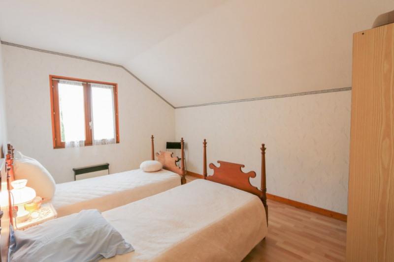Sale house / villa Motz 296000€ - Picture 6