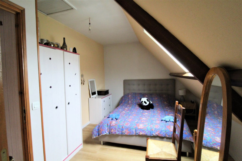 Sale house / villa Petit couronne 220000€ - Picture 5