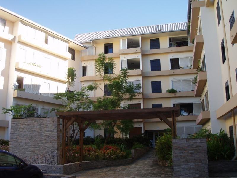 Vente appartement St pierre 180200€ - Photo 1