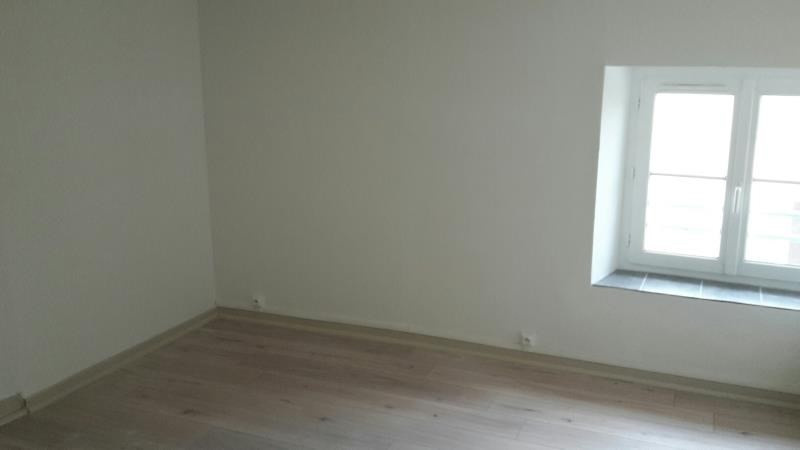 Location appartement Roanne 433€ CC - Photo 2