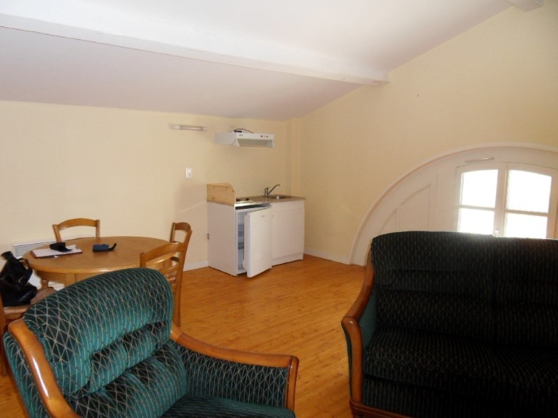 Location appartement Segonzac 350€ CC - Photo 1