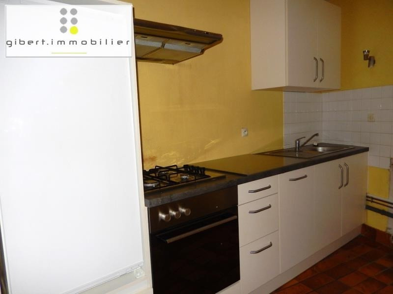 Location appartement Le puy en velay 376,79€ CC - Photo 2