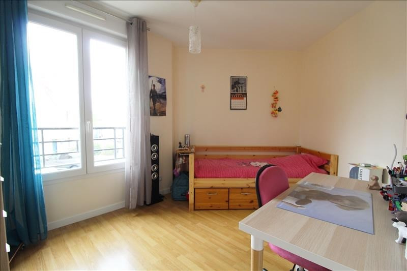 Sale apartment Maurepas 219900€ - Picture 6