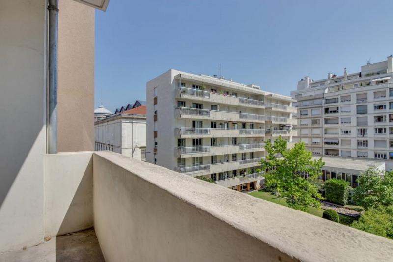 Sale apartment Lyon 6ème 500000€ - Picture 1