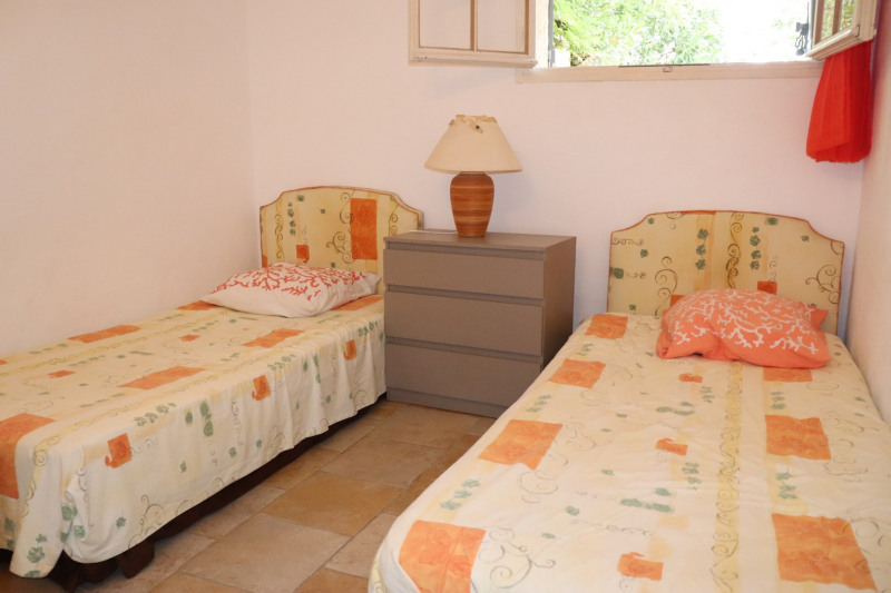 Vacation rental house / villa La croix valmer 3 000€ - Picture 12