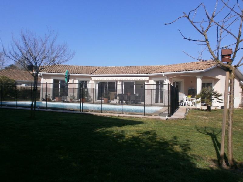 Maison T5 avec piscine et garage double