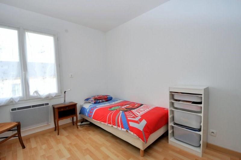 Sale house / villa St cheron 246000€ - Picture 9