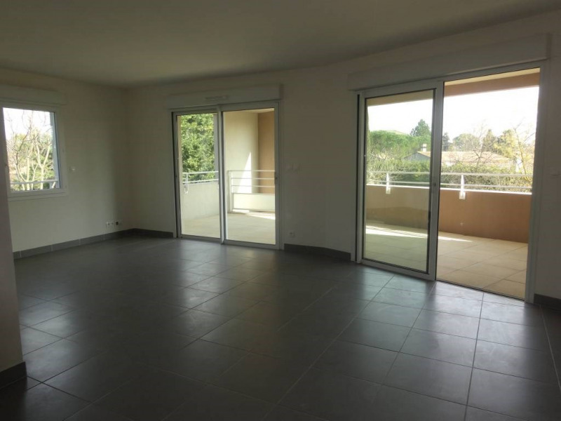 Rental apartment Montfavet 854€ CC - Picture 2