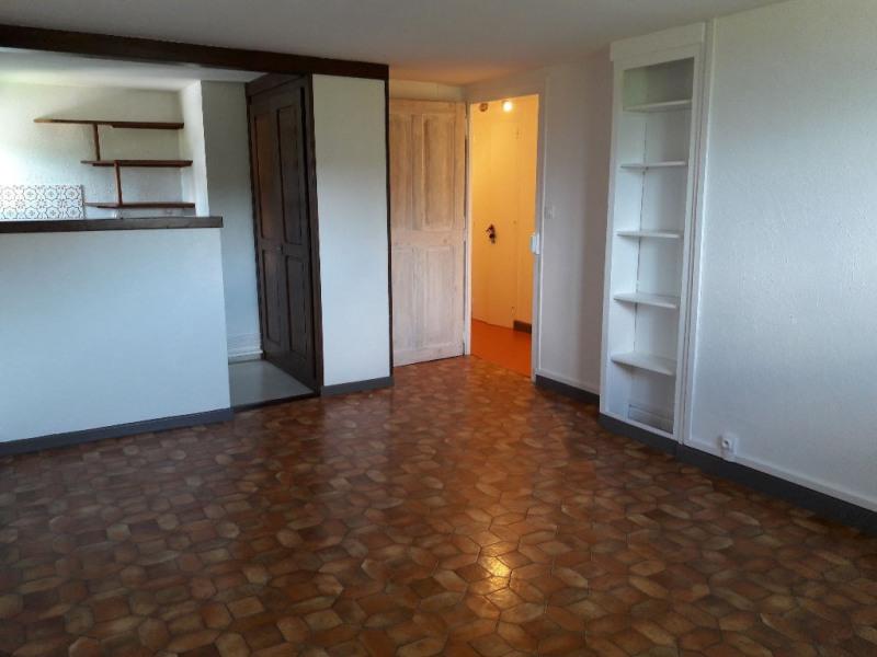 Rental apartment Saint gervais les bains 530€ CC - Picture 2
