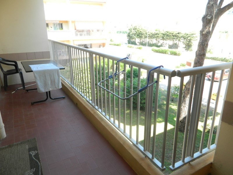 Sale apartment Le lavandou 170000€ - Picture 6