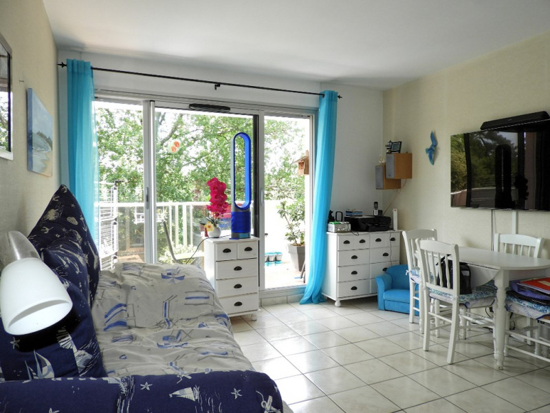 Sale apartment Vaux sur mer 89 880€ - Picture 1