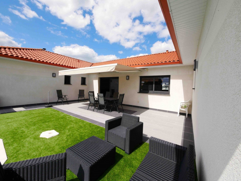 Sale house / villa Lagarde 358 000€ - Picture 1