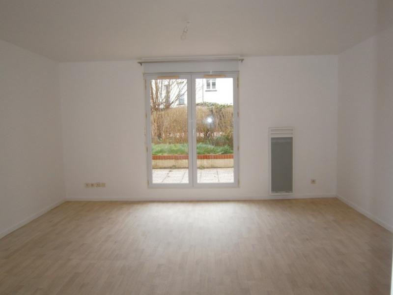 2 PIECES VOISINS LE BRETONNEUX - 2 pièce(s) - 52 m2