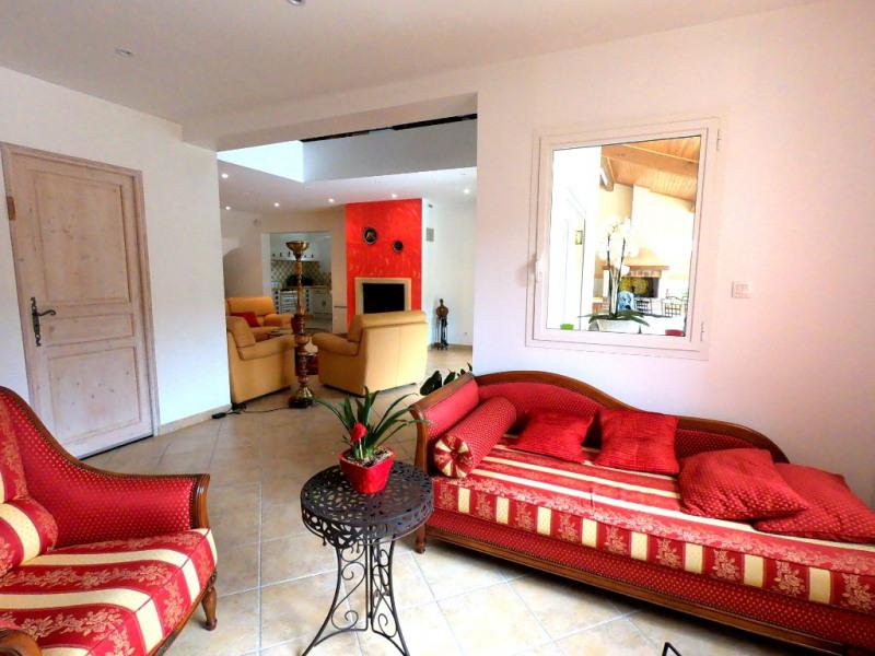 Rental house / villa Simiane collongue 2530€ CC - Picture 4
