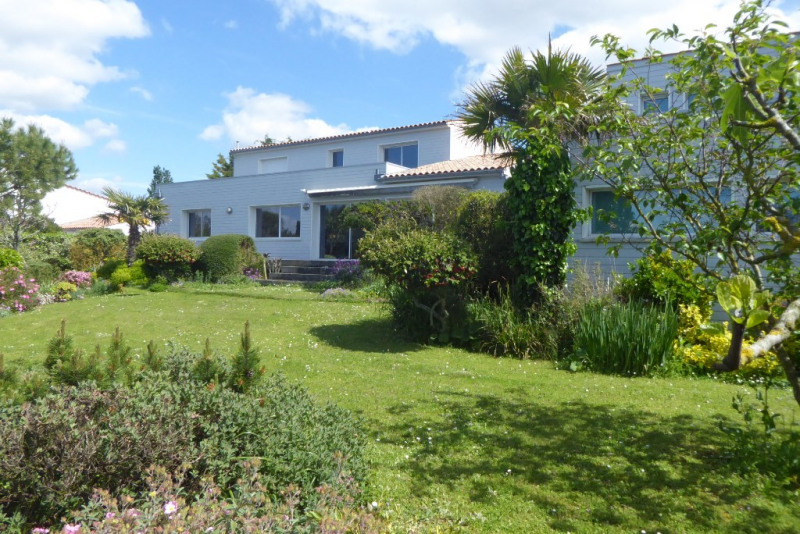 Deluxe sale house / villa L'houmeau 892500€ - Picture 1