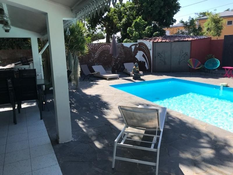 Deluxe sale house / villa Bras panon 600000€ - Picture 1