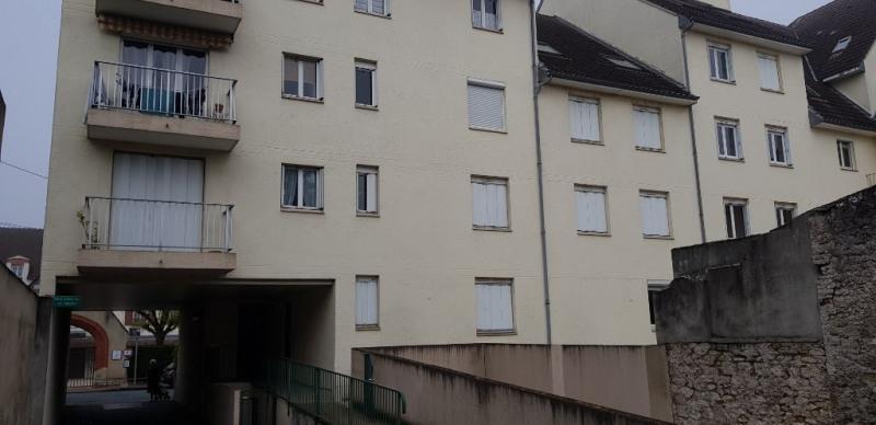 Sale apartment Montargis 85395€ - Picture 1