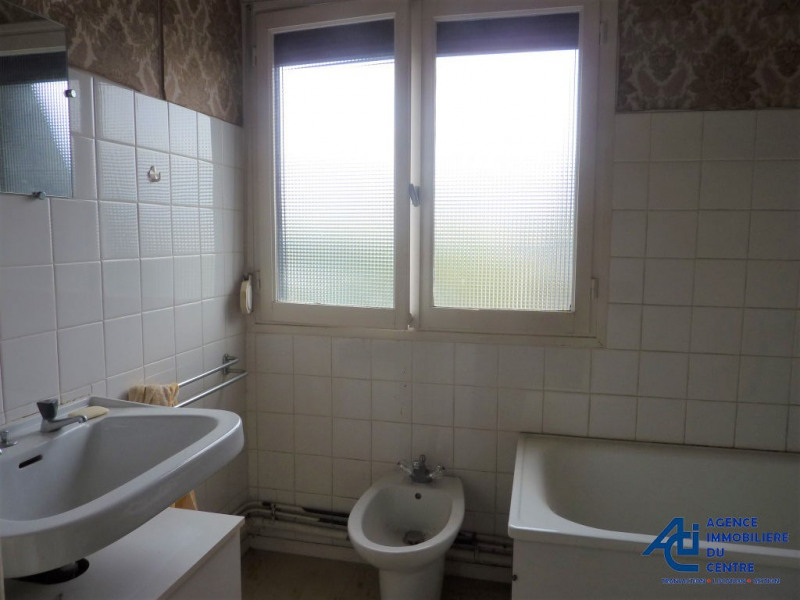 Vente maison / villa Noyal pontivy 89900€ - Photo 5