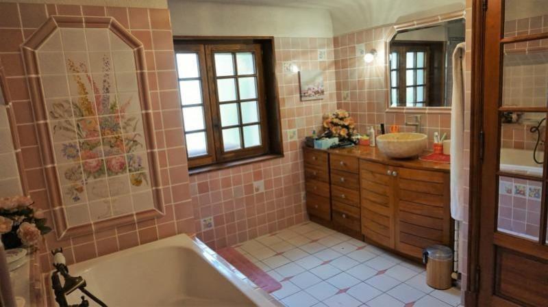 Sale house / villa Breval 272000€ - Picture 7