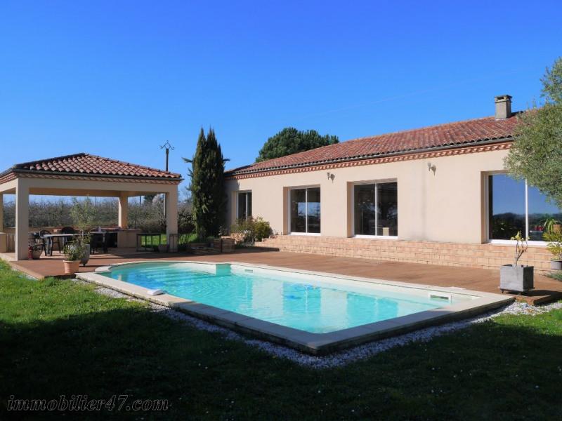 Villa contemporaine de plain-pied - 7 pièces - 194 m²