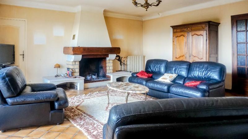 Sale house / villa Montardon 305000€ - Picture 3