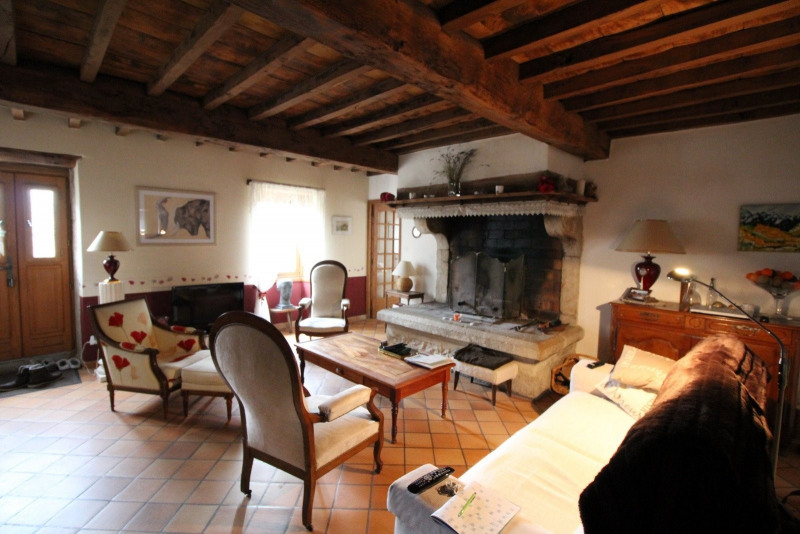 Vente maison / villa La tour du pin 339000€ - Photo 5