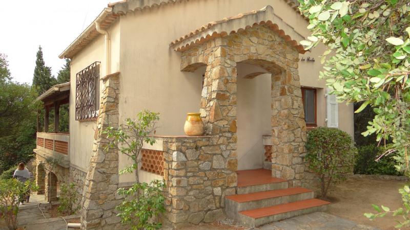 Vacation rental house / villa Cavalaire sur mer 800€ - Picture 1