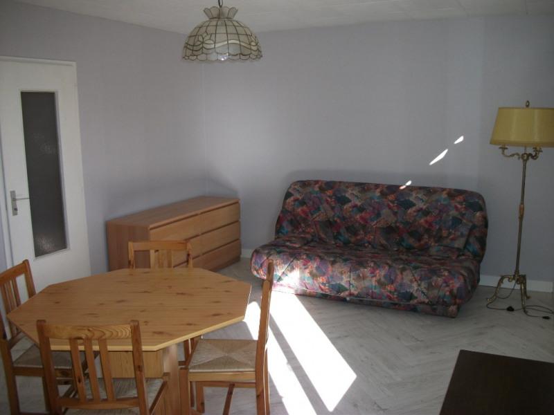 Rental apartment Montargis 480€ CC - Picture 2