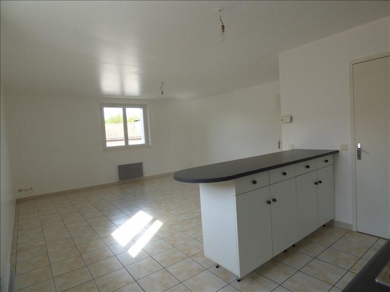 Location appartement Alentours de mazamet 423€ CC - Photo 2