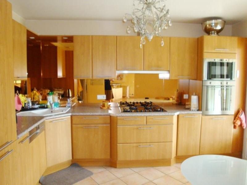 Deluxe sale house / villa Cranves-sales 648000€ - Picture 3