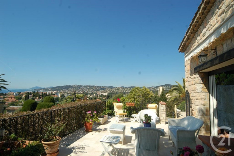 Deluxe sale house / villa Antibes 1 595 000€ - Picture 3
