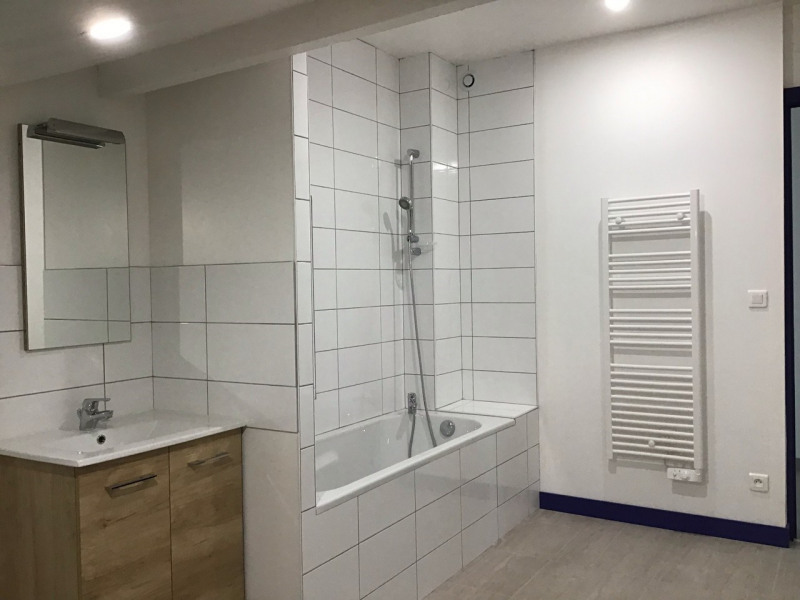 Location appartement Barbezieux-saint-hilaire 613€ CC - Photo 3