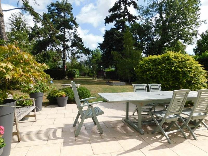 Sale house / villa Villiers le bacle 580000€ - Picture 2