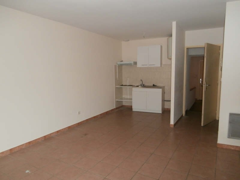 Rental apartment Salon de provence 425€ CC - Picture 6