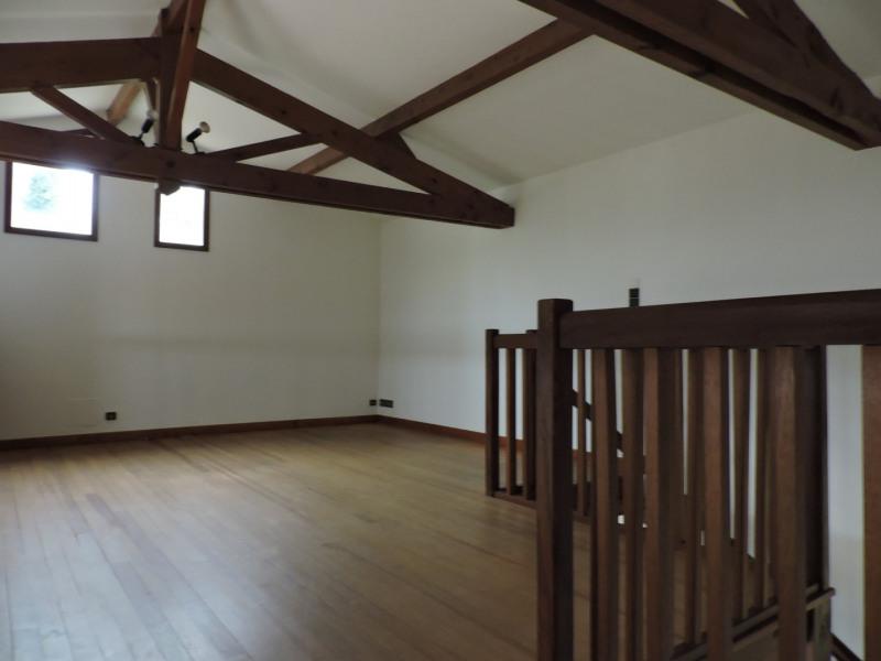Rental house / villa Bon encontre 1050€ +CH - Picture 9