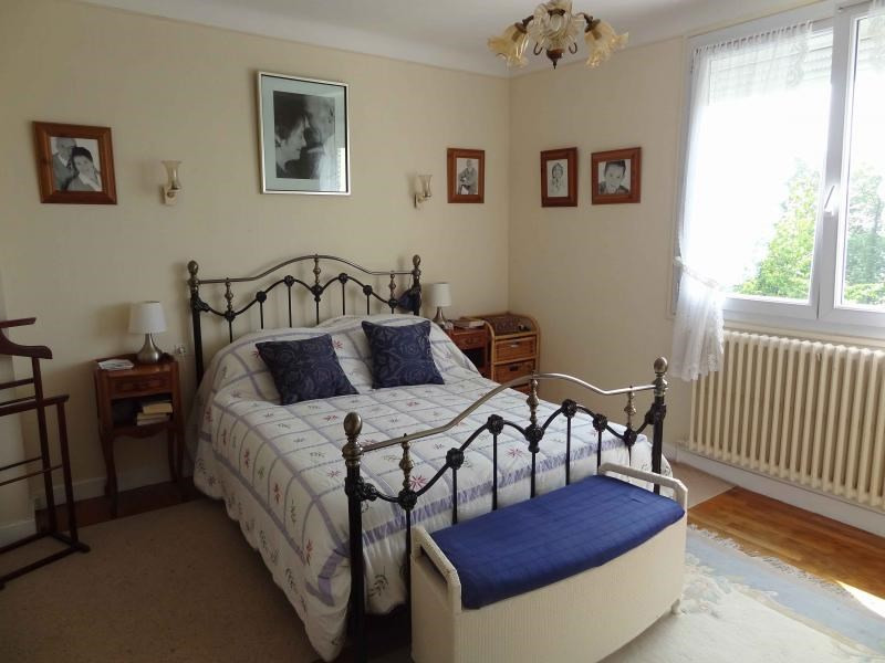 Sale house / villa Mur de bretagne 106500€ - Picture 7
