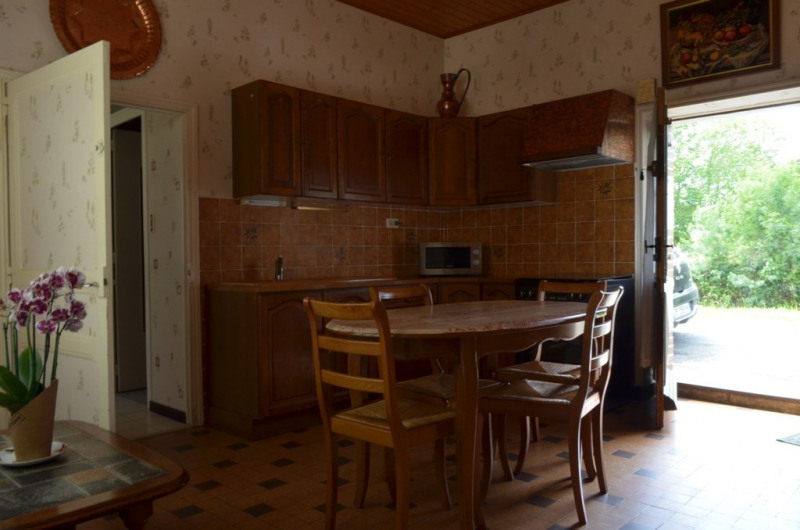 Vente maison / villa Fontenay le comte 169200€ - Photo 3
