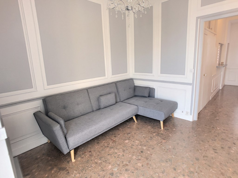 Location appartement Beausoleil 1 090€ CC - Photo 3