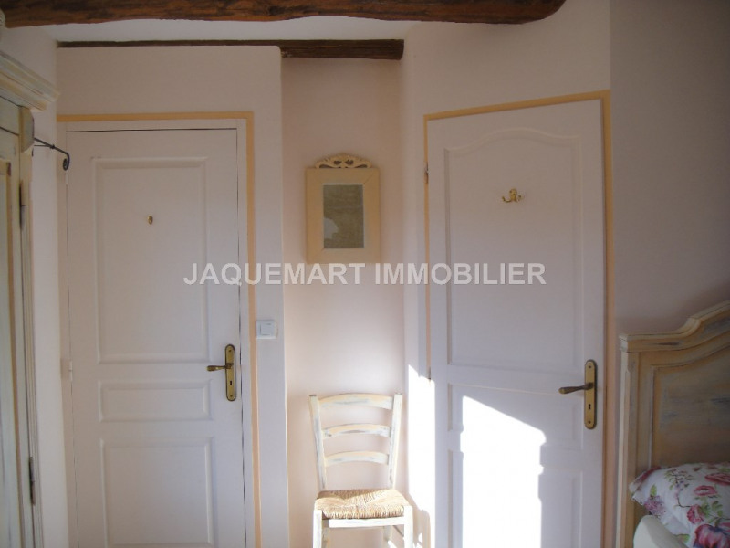 Location vacances maison / villa Lambesc 875€ - Photo 9