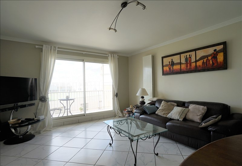 Sale apartment Courbevoie 442 900€ - Picture 2