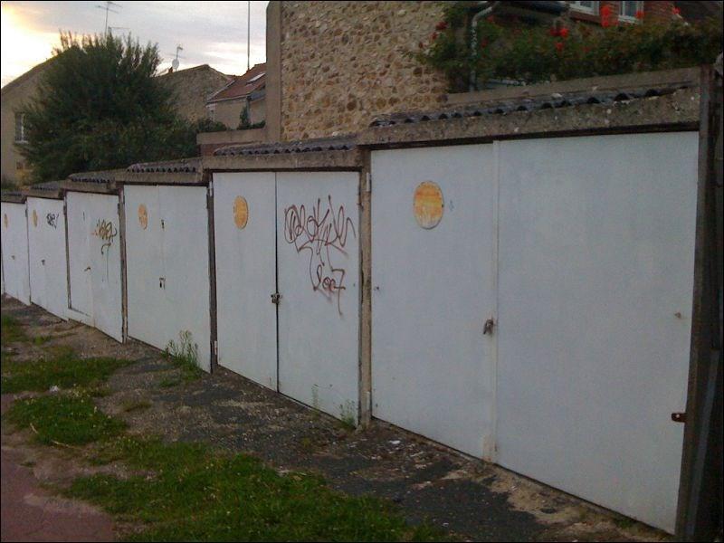 Location parking Juvisy sur orge 94€ CC - Photo 1