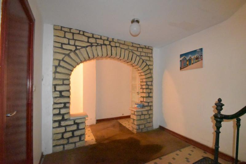 Location appartement Saintes 352,65€ CC - Photo 5